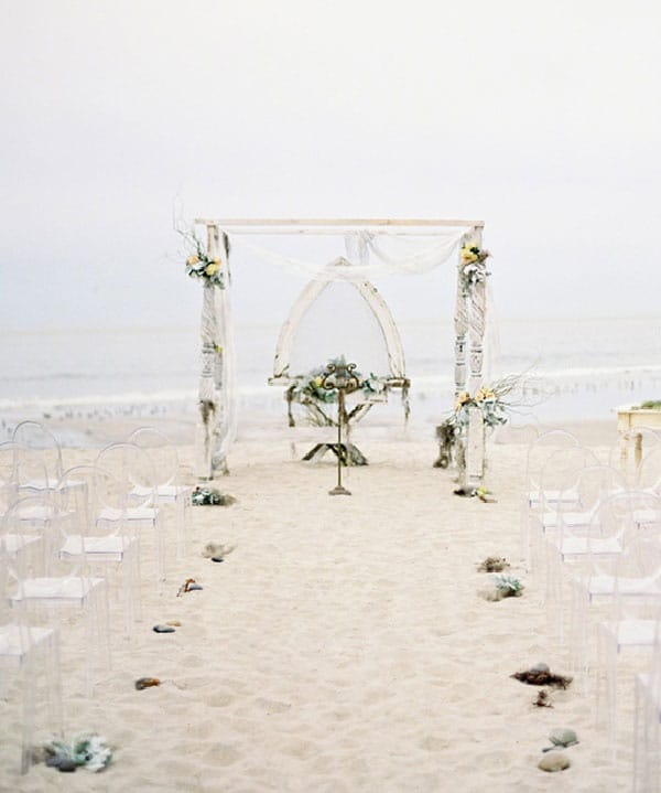 mariage romantique sur la plage j 39 ai dit oui. Black Bedroom Furniture Sets. Home Design Ideas
