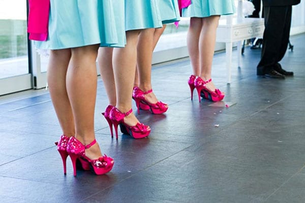 1.mariage-bleu-turquoise-et-rose-chaussures