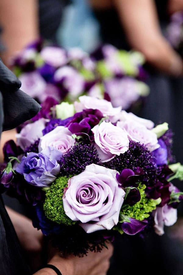 photo-de-bouquet-de-roses-mauve-violet