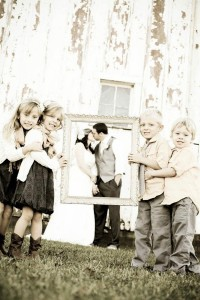 enfants d honneur porte cadre photo mariage originale j 39 ai dit oui. Black Bedroom Furniture Sets. Home Design Ideas