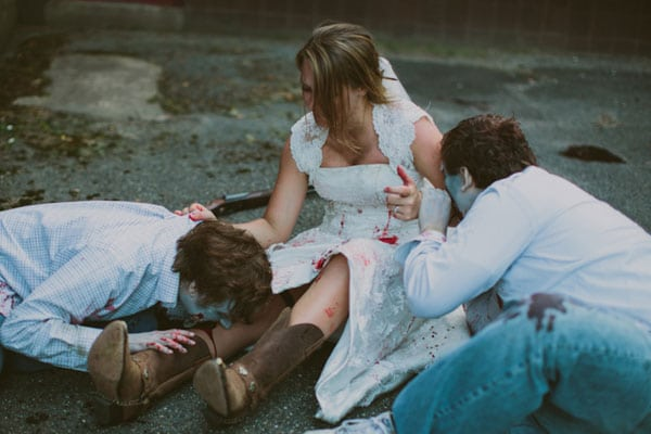 trash-the-dress-zombies-walking-dead-1