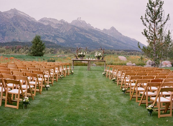 8.mariage-theme-nature-ceremonie-en-plein-air
