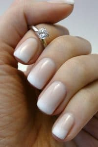 4-manucure-mariage-french