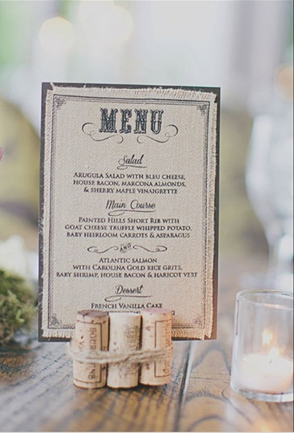 Menu de mariage 20 fa ons originales pour le pr senter for Idee menu original